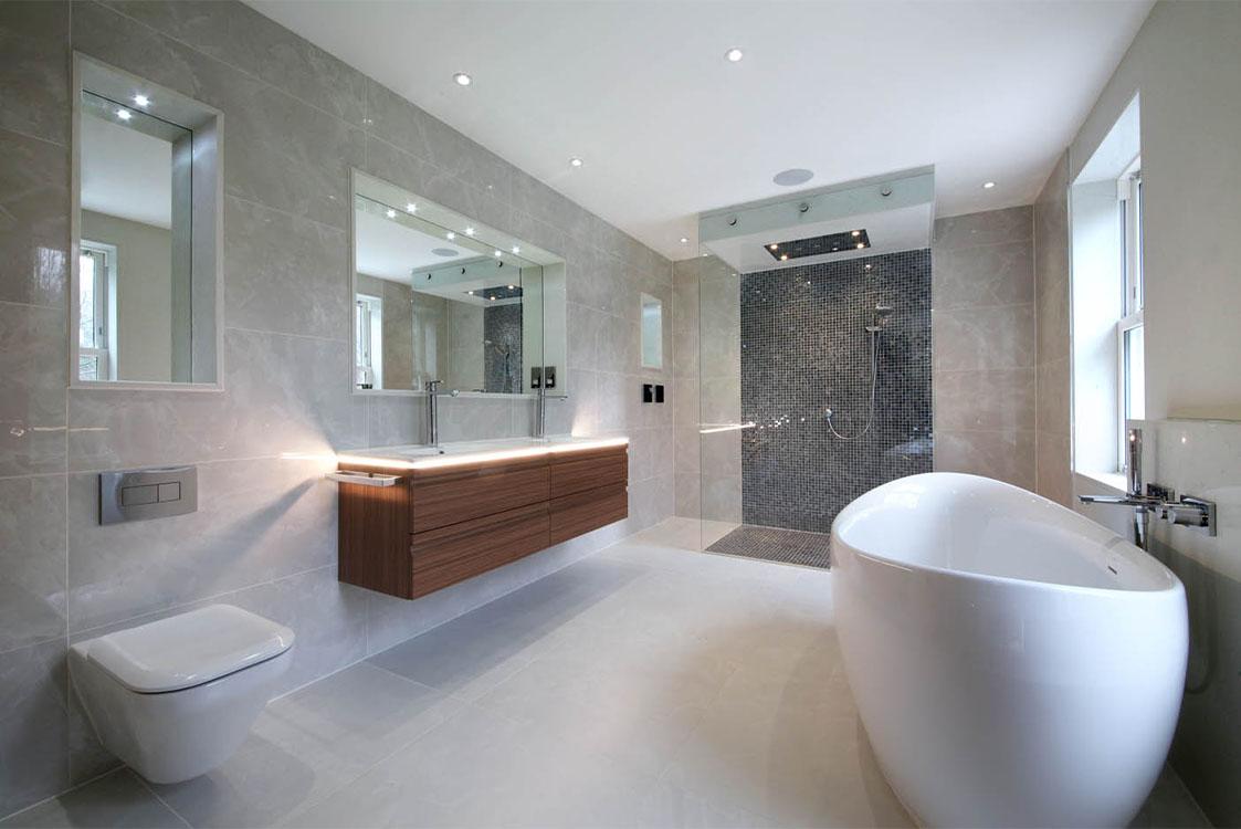 Queen Acre Bathroom