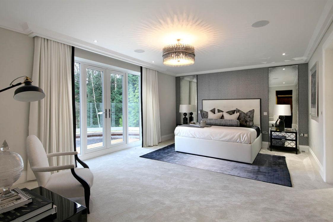 Queen Acre Bedroom